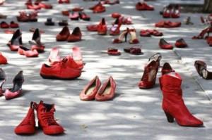 femminicidio-scarpe-rosse