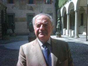 Il Presidente Assoedilizia Clerici, a Milano nel Cortile degli Spiriti Sapienti