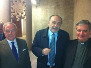 da dx Mons. Gianantonio Borgonovo, Armando Torno, Achille Colombo Clerici pres. Assoedilizia, AM e IEA