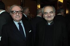 Achille Colombo Clerici con mons. Franco Buzzi, prefetto della Ambrosiana