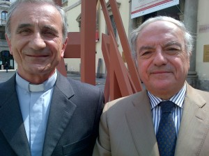 Achille Colombo Clerici con Mons. Pier Francesco Fumagalli, vice Prefetto della Biblioteca Ambrosiana, sinologo di fama internazionale.
