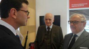 - Achille Colombo Clerici con Piero Bassetti e con il Console generale di Svizzera a Milano Felix Baumann.