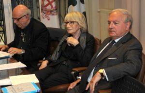 Foto: l'avv. Bruna Gabardi Vanoli con il presidente di Assoedilizia Achille Colombo Clerici ed il notaio Ugo Friedmann