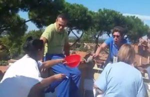 Lavoratori senza stipendio da 3 mesi in protesta sul tetto della Salus